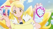 Honey con las cartas de Palomitas Animadora