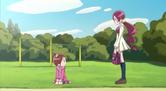 Tsubomi talking to Mayuka