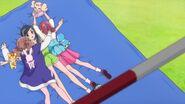 Las chicas celebran el triunfo de Chiyu