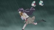 Yuri y los demas escapando del desertrian