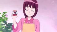 Kaori señala su mermelada
