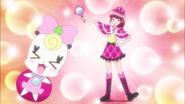 Megumi vestida como detective
