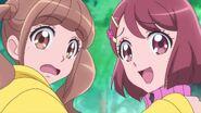Nodoka y Hinata pretenden cruzarse con Chiyu