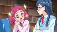 HuPC02.22-Hana le dice a Saaya que le gustaria dibujar imagenes de las Pretty Cure