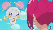 STPC1.31-Fuwa disfrutando de la rosquilla