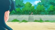 Minami observando a Haruka