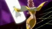 Sasorina tomando la Flor Corazón de Mitsuru