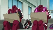 Akane y Miyuki sin sus protecciones de la cabeza