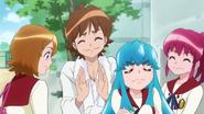 Hime rechazando el agradecimiento de seiji