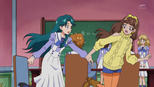 Kirara dragging Minami away because there is trouble