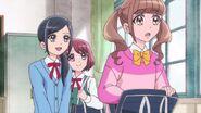 Chiyu intenta darle un consejo a Hinata