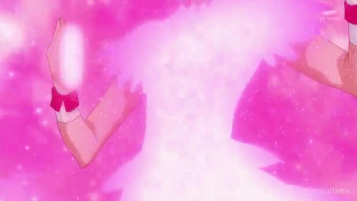 Miyuki taps the puff to her chest.