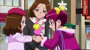 Niña devuelve candy miyuki