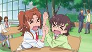 HuPC04.9-Junna y Aki asustadas con Homare