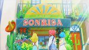 STPC4.76-Elena explicando el significado detrás de Sonrisa su tienda de Flores