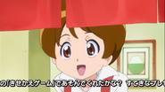 La madre de yuko diciendo quee s hora de las entregas
