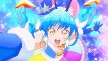 Cure Cosmo during the group pose