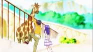 Iona y Yuya con la jirafa