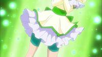 Metamorphose Mint's skirt appears