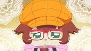 56. Kuroro con unos lentes y un sombrero naranja