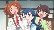 HuPC02.7-Junna y Aki son fans de Saaya