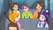 Yuuto en su primer aparicion en el auto del padre de Mirai