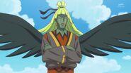 Shakince presenciando la lucha entre el Donyokubaru y Las Cures