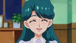 Minami thanking her friends