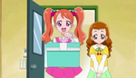 KKPCALM03 Ichika and Himari deliver a gift (32)