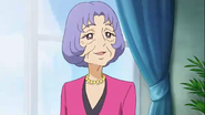Yume revela ser la directora del Instituto Noble