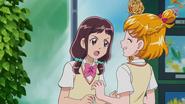 Kana preguntando a Mirai