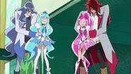 Kumojaki y Cobraja detienen a las Cures inesperadamente