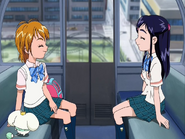 Nagisa honoka hablando amistad noria