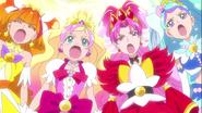 Princess precue dando su poder a las mahou tsukai