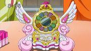 Smile.royal.clock (1)