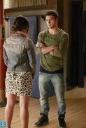 Pretty Little Liars - Episode 4.16 - Close Encounters - Promotional Photos (9) 595 slogo