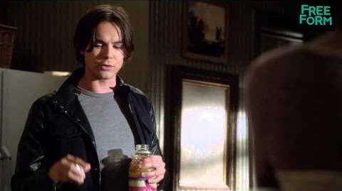 Ravenswood - Season 1 Episode 9, Clip Caleb & Miranda Freeform