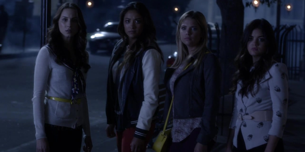 season 4 episode 12 - Halloween Episode Pll Season 4