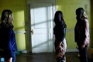 Pretty Little Liars - Episode 4.16 - Close Encounters - Promotional Photos (5) 595 slogo