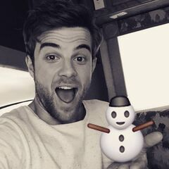 Nathaniel Buzolic wants to know if you want to build a snowman...