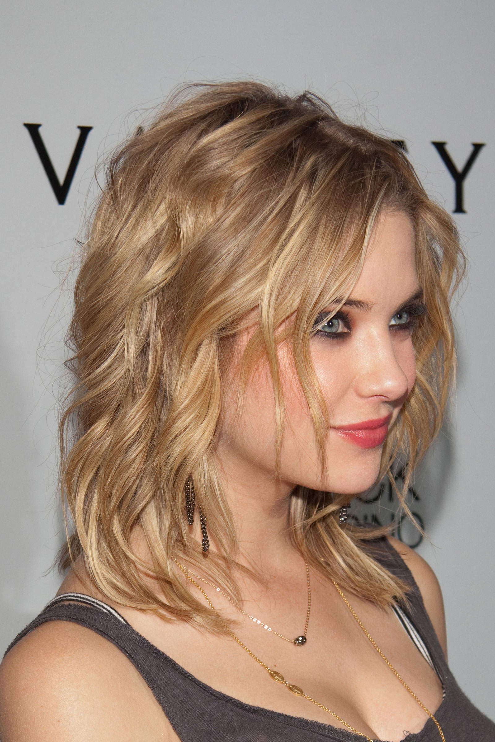 Ashbenzo dating games