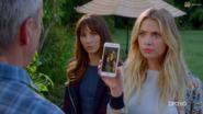 Hanna's phone qe