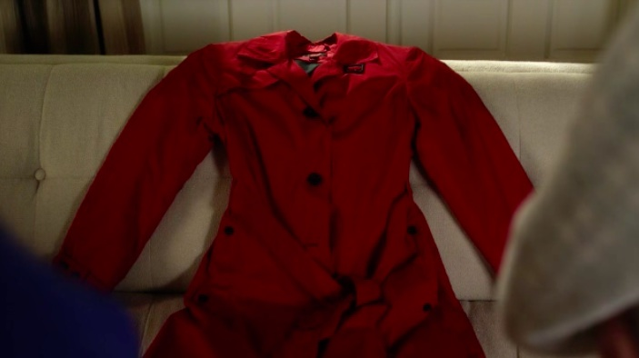 Image - Vivian Darkbloom's red trench coat.jpg | Pretty Little ...