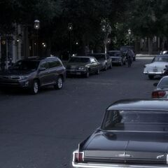 Ravenswood Main Street