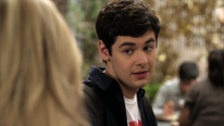 Pretty-little-liars-2x03-my-name-is-trouble-lucas-gottesman-cap
