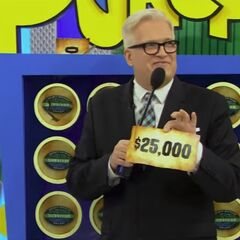 On his last punch, he wins $25,000!!!!