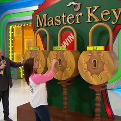 The first key she picked was for the washer & dryer.