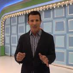 Hunky TV personality AJ Hammer takes HLN's <i>Showbiz Tonight</i> cameras around the