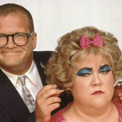 Drew with his <i>Drew Carey Show</i> co-star &amp; friend Kathy Kinney (as her character Mimi)