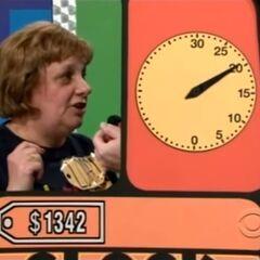 900, 1100, 1300, 1400, 1500, 1500, 1400, 1395...